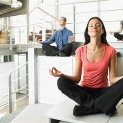 Rédaction SEO - yoga au travail relax